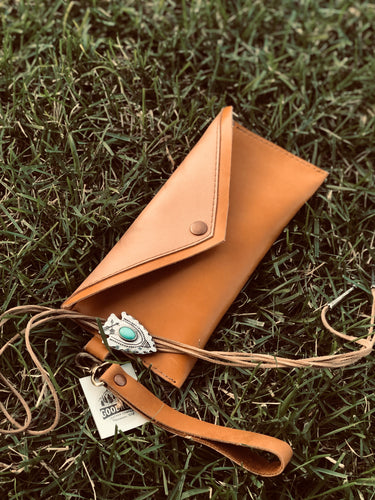The Jennie | Leather Wristlet