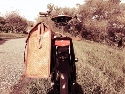 Customer photo of the Bobbin Pannier, available at Le Velo
