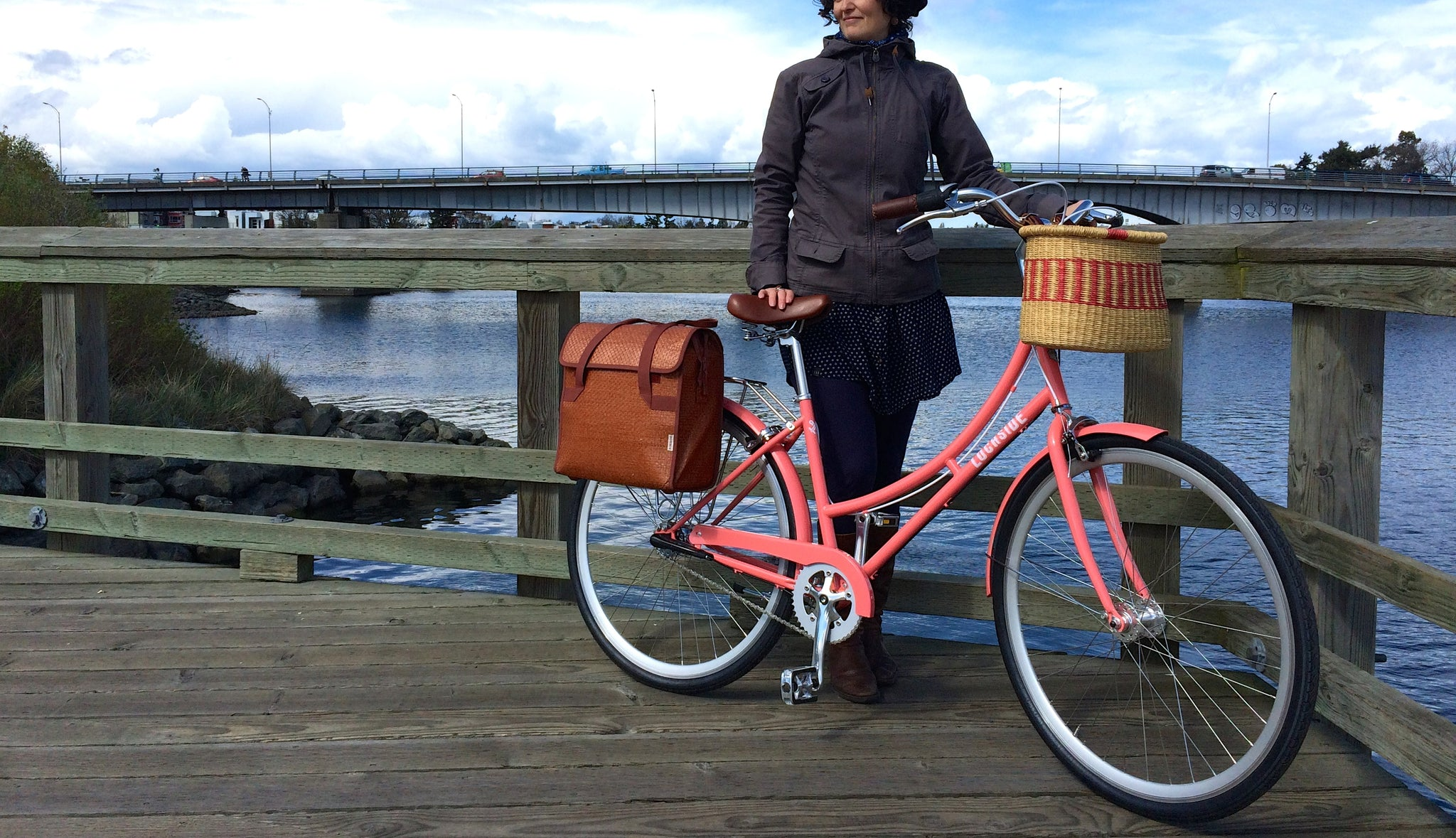 Le Vélo Victoria Bicycle Review of Lochside Cycles Ariel with Bobbin Pannier and House of Talents Bicycle basket available at Le Vélo Victoria