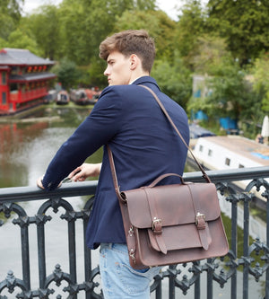 Fredie Classic Dark Brown Leather satchel. Waterproof pannier, fashionable, unique and classic; for the stylish rider.