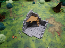 Load image into Gallery viewer, Ruined Short Tower Wargaming Terrain Warhammer Terrain