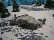 Load image into Gallery viewer, Ruins: Snowy Bridge Wargaming Terrain Warhammer Terrain