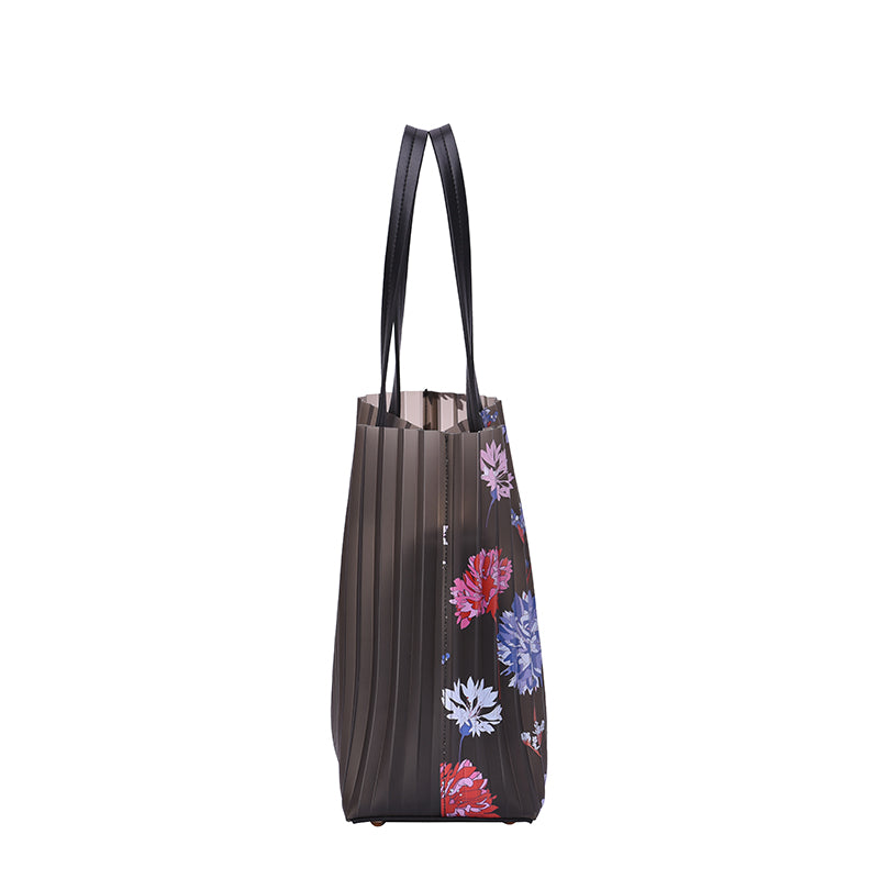 Oliana Flower Tote - Mellow World