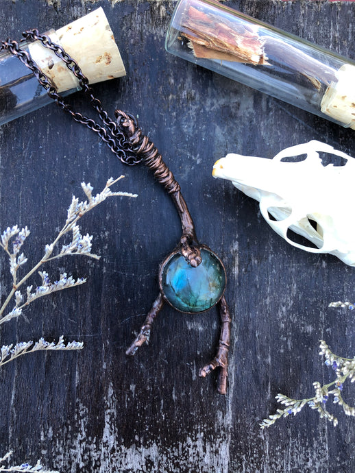 Real Twig & Labradorite - Serpent + Sage