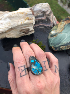 Kingman Turquoise Ring - Size 7.5 - Serpent + Sage