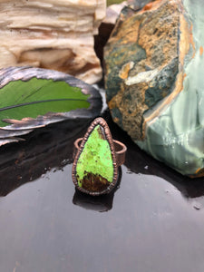 Gaspeite Copper Ring | Size 6.75 - Serpent + Sage