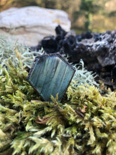 Load image into Gallery viewer, Labradorite Coffin Statement Ring | Size 7 - Serpent + Sage