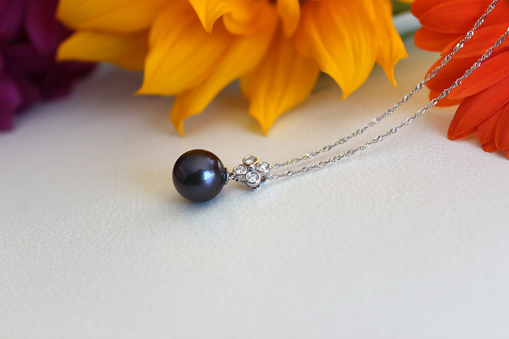 Rare Tahitian Black Pearl & Diamond Necklace