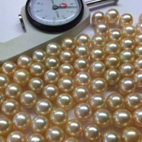 Understanding Pearls' Natural Colours