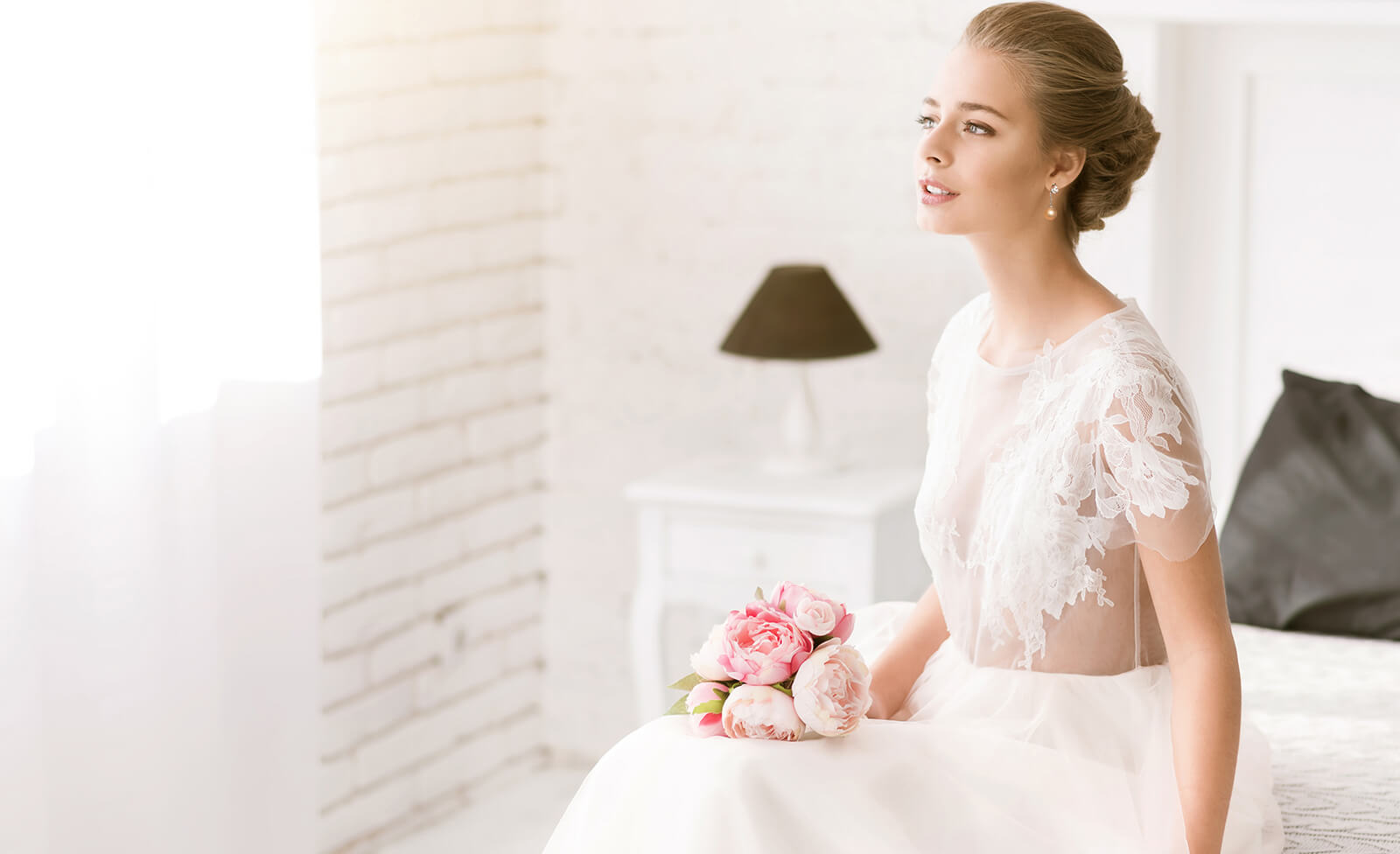 Your Dream Bridal Look with Pearls