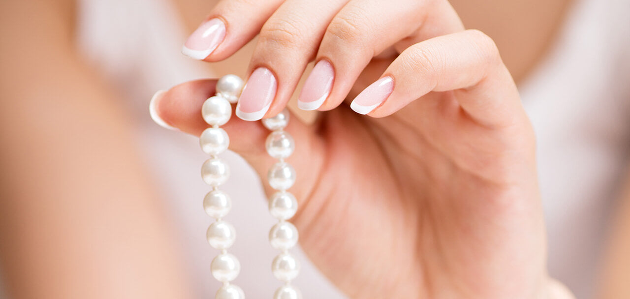 Identify Real Pearls Feel the Temperature
