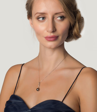 Luxury Tahitian Pearl Necklace in 18k White Gold Paradis