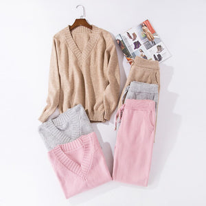 Wool knitted sets