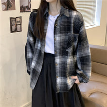 Load image into Gallery viewer, Plaid Shirt Jacket Vintage