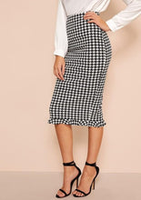 Load image into Gallery viewer, Houndstooth Sheath Skirt