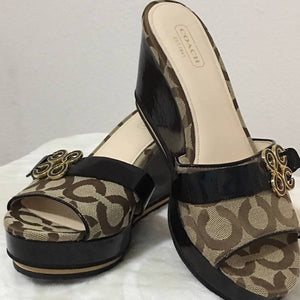 Coach Signature Wedges Size 8.5b