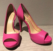 Load image into Gallery viewer, Jessica Simpson Pink Lizard Heel