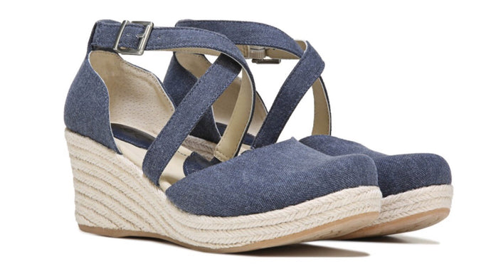 Born Women's Bree Wedge Sandal