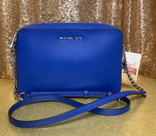 Load image into Gallery viewer, Large Michael Kors Crossbody