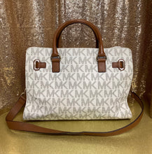 Load image into Gallery viewer, Michael Kors Hamilton Tote