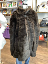 Load image into Gallery viewer, Dennis Basso Fur Cape and Jacket