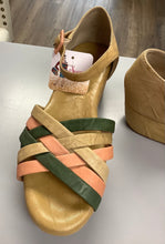 Load image into Gallery viewer, Gee WaWa Wedge Sandal