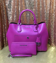 Load image into Gallery viewer, Michael Kors Greenwich Handbag & Matching Wallet