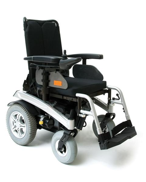 Pride R40 Fusion with Power Tilt & Swing Away Leg Rests Central Coast - Mobility Joy