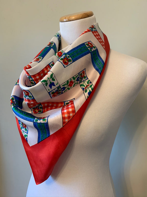 Picnic in the Park Scarf