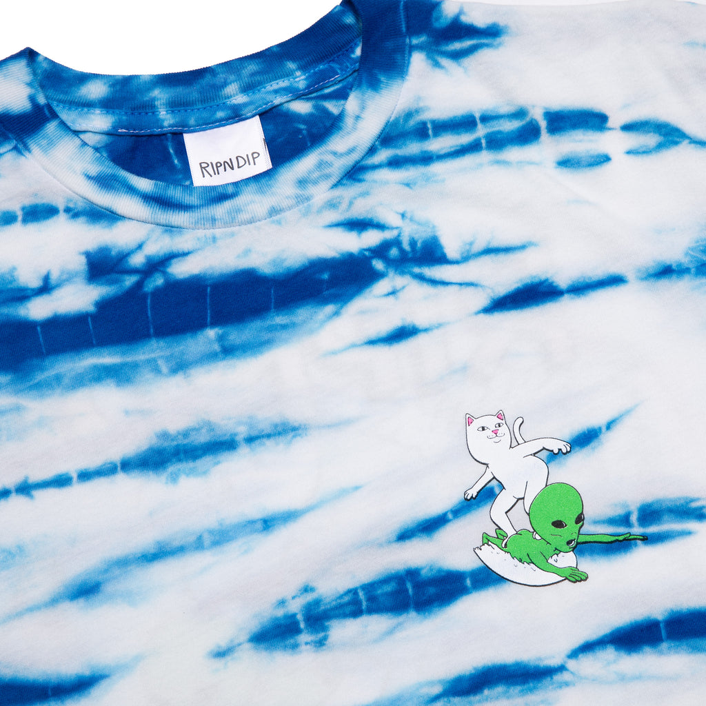 Hang 10 Tee (Blue & White Stripe Dye)