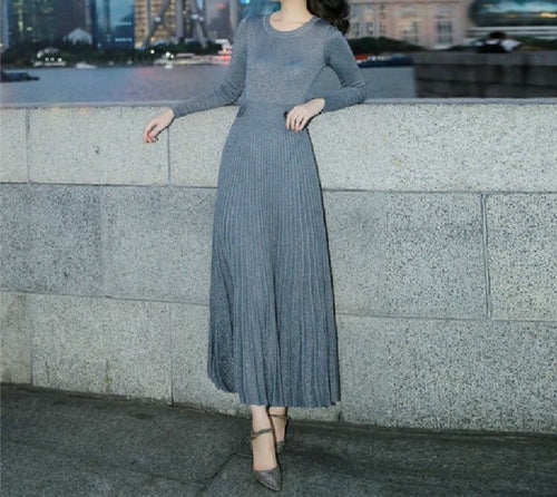 Star Pleated Knit Dress