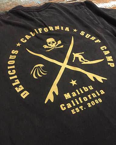 'Delicious California' Surf Camp' Graphic T-Shirt