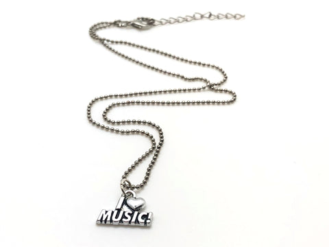 I {Heart} Music Necklace