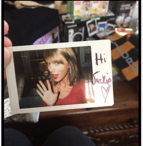 Taylor Swift Uses Goe Oil!