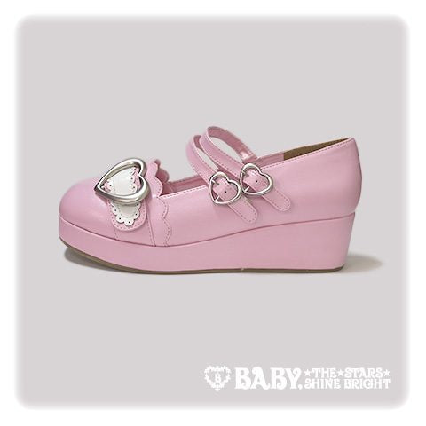 B42SH878 Heart Buckle Shoes