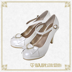 B42SH880 Heart Princess Pumps