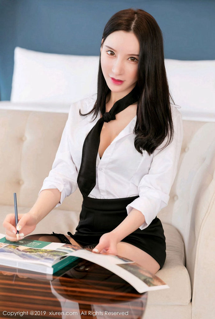 She's The Secretary Of My Dream