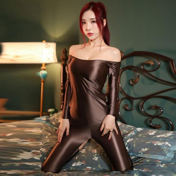 front view of lady wearing brown shiny wet look top & legging set featuring a shiny wet look top with off shoulder neck line and long sleeves and a matching legging.