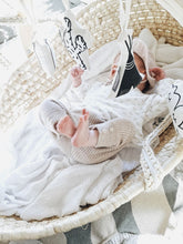Laden Sie das Bild in den Galerie-Viewer, moseskorb kids online kaufen boho interior