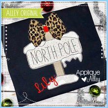 Load image into Gallery viewer, VINTAGE NORTH POLE WITH BOW 5210AAEH