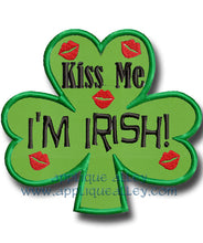 Load image into Gallery viewer, KISSES SHAMROCK