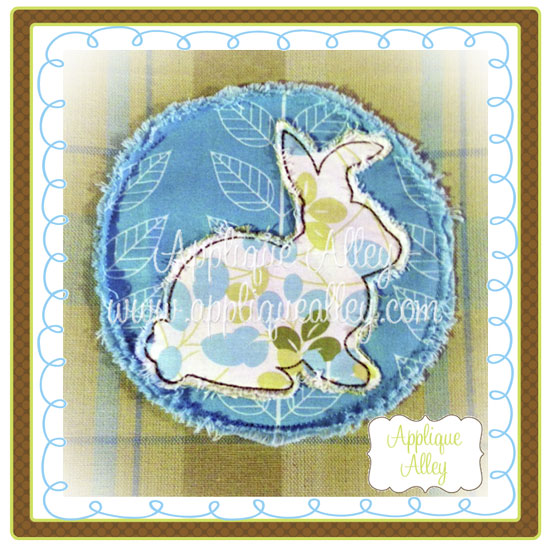 WOODLAND BUNNY IN CIRCLE