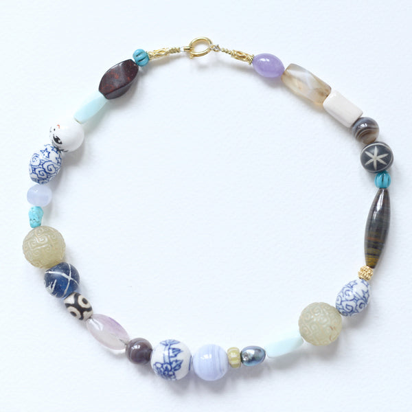 TOUR DU MONDE NECKLACE BLUE PASTEL