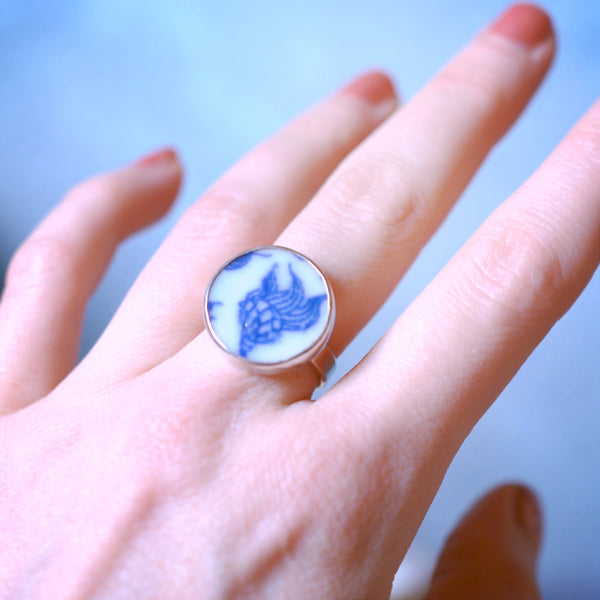 SHANGHAI PORCELAIN FISH RING