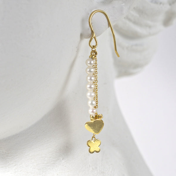 CHARM & PEARL EARRINGS
