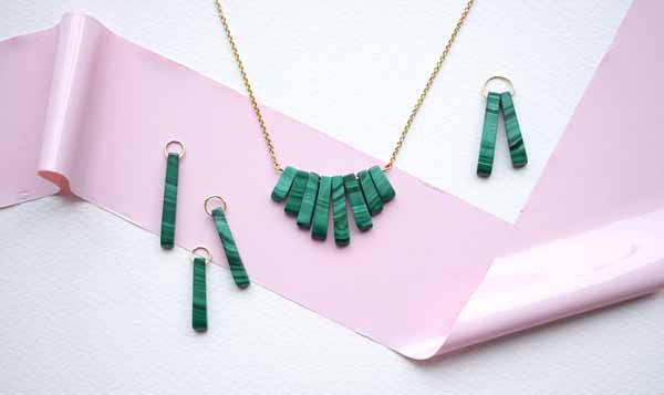 *GEOMETRIC GOLD & MALACHITE NECKLACE