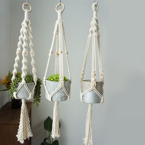 Macrame Small Suspended Pot Holder