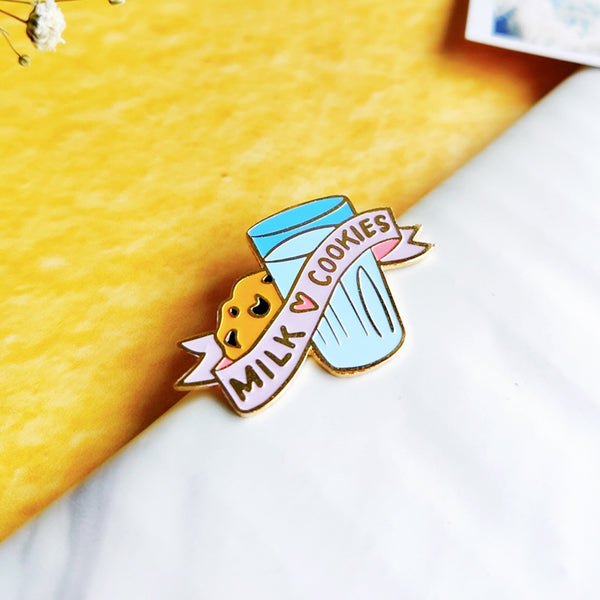 Milk & Cookie - Lapel Pin