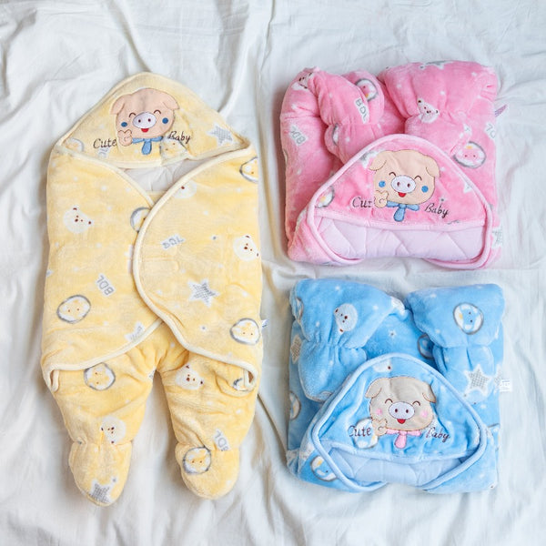 Teddy Printed & Hooded Baby Swaddle