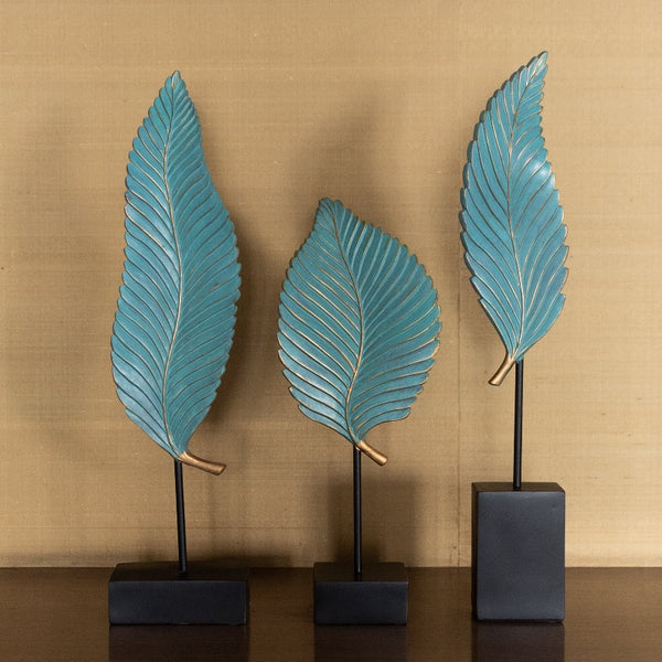 Elegant Leaves with Gold Lines Statue Set